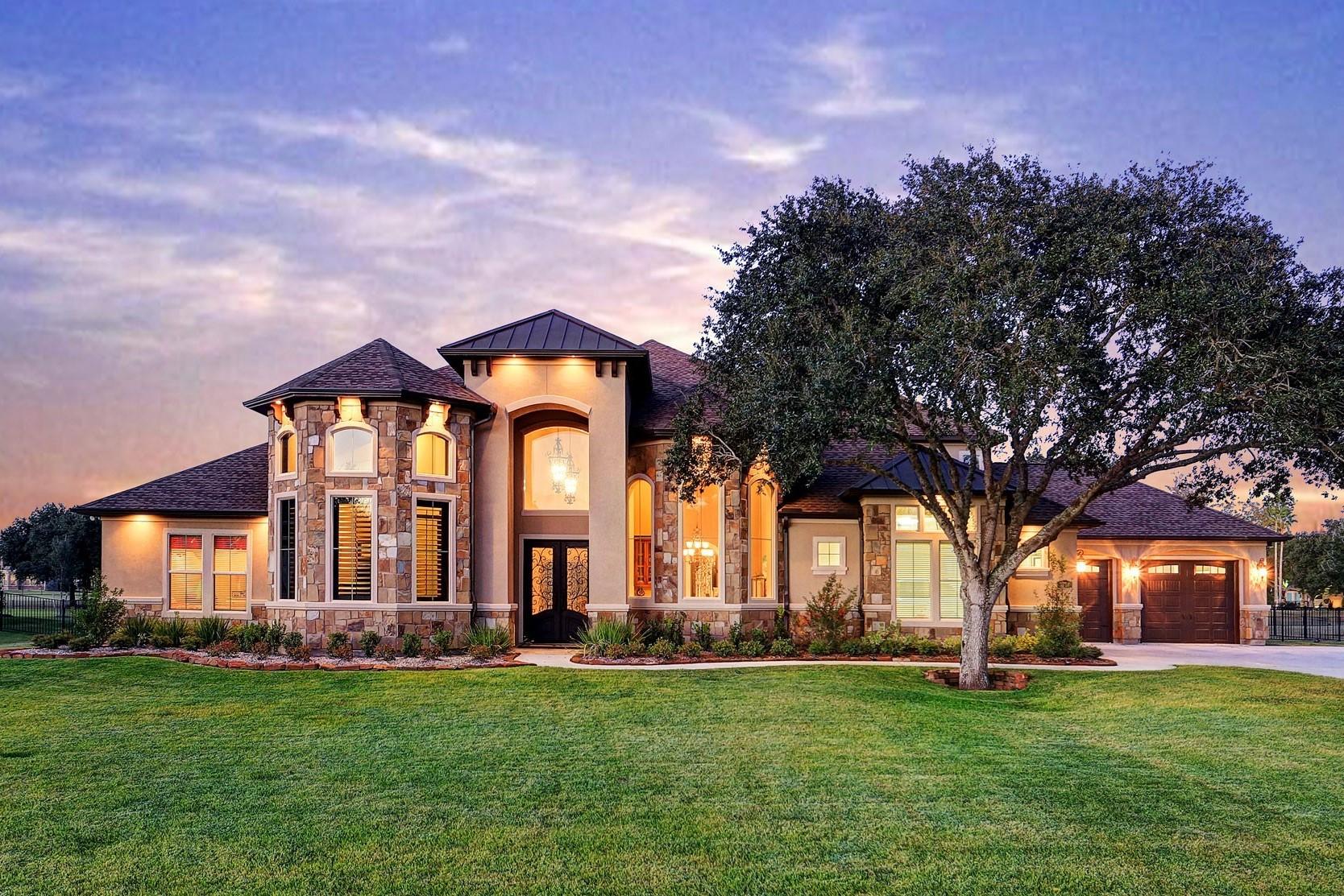 Daybreak Custom Homes